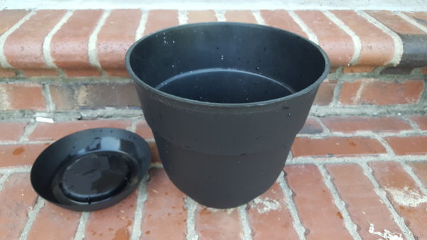 soil container for diy self watering pot